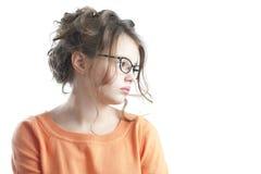 Retrato de una muchacha bonita que mira al lado Imagenes de archivo