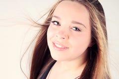 Retrato de una muchacha con la piel limpia Foto de archivo libre de regalías