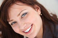 Retrato de una muchacha hermosa. Fotos de archivo libres de regalías