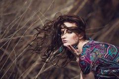 Retrato de una muchacha hermosa Imagenes de archivo