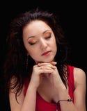 Retrato de una muchacha hermosa dark-haired del primer Fotografía de archivo