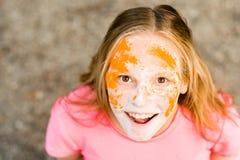Retrato de una muchacha para el festival indio de los colores Holi Imagenes de archivo