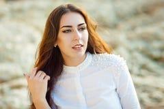 Retrato de una muchacha pelirroja hermosa Cierre para arriba imágenes de archivo libres de regalías