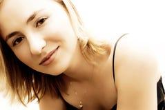 Retrato de una muchacha rubia Imagen de archivo