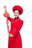 Retrato de una mujer asiática hermosa en coste tradicional del festival Fotografía de archivo