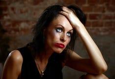 Retrato de una mujer con maquillaje que fluye fotos de archivo libres de regalías