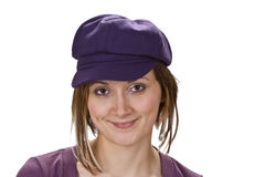 Retrato de una mujer con un sombrero violeta Imagen de archivo libre de regalías