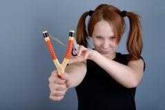 Retrato de una mujer hermosa joven con el tweaker Foto de archivo