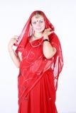 Retrato de una mujer hermosa joven en sari Fotografía de archivo libre de regalías
