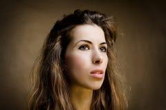 Retrato de una mujer joven Foto de archivo
