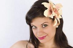 Retrato de una mujer joven hermosa. Imagenes de archivo