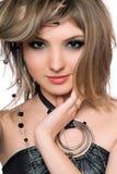 Retrato de una mujer joven hermosa. Aislado fotografía de archivo