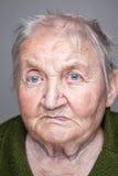 Retrato de una mujer mayor fotografía de archivo