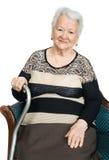 Retrato de una mujer mayor sonriente hermosa Imagenes de archivo