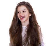 Retrato de una niña encantadora que sonríe en la cámara Imagen de archivo