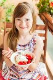 Retrato de una niña linda Fotografía de archivo