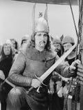 Retrato de Viking com espada (todas as pessoas descritas não são umas vivas mais longo e nenhuma propriedade existe Garantias do  imagem de stock royalty free