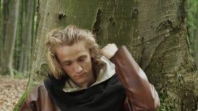 Retrato de Viking Warrior masculino medieval almacen de video