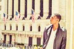Retrato del adolescente afroamericano en Nueva York Imagen de archivo libre de regalías