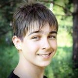 Retrato del adolescente al aire libre Fotos de archivo libres de regalías