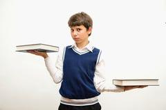 Retrato del adolescente con los libros Imagen de archivo