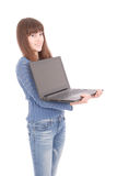 Retrato del adolescente del estudiante con el ordenador portátil Imágenes de archivo libres de regalías