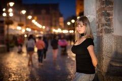 Retrato del adolescente en la ciudad vieja de Gdansk Imagen de archivo