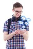Retrato del adolescente hermoso que envía mensajes con pho elegante Imágenes de archivo libres de regalías
