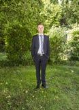 Retrato del adolescente joven en traje Imagen de archivo