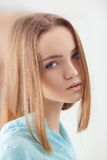 Retrato del adolescente rubio blando joven Foto de archivo libre de regalías