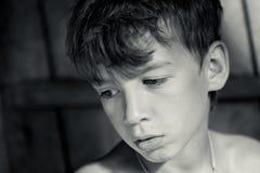 Retrato del adolescente serio triste Foto de archivo libre de regalías