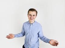 Retrato del adolescente sonriente lindo Imagenes de archivo