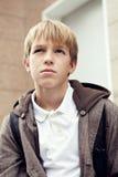 Retrato del adolescente triste al aire libre Fotografía de archivo libre de regalías