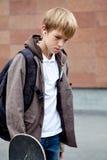 Retrato del adolescente triste al aire libre Foto de archivo libre de regalías