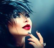 Retrato del arte de la moda de la muchacha hermosa foto de archivo libre de regalías