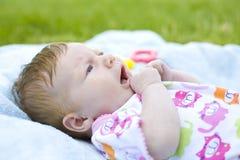 Retrato del bebé de dos meses Foto de archivo