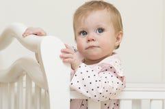 Retrato del bebé de 9 meses. Fotos de archivo