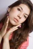 Retrato del brunette joven Fotografía de archivo libre de regalías