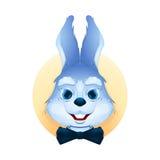 Retrato del conejito azul con la corbata de lazo Foto de archivo libre de regalías