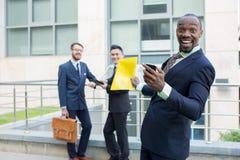 Retrato del equipo étnico multi del negocio Foto de archivo libre de regalías