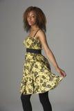 Retrato del estudio de Gir adolescente de moda vestido Imagen de archivo