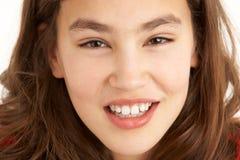 Retrato del estudio de la chica joven Foto de archivo