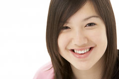 Retrato del estudio del adolescente sonriente Imagen de archivo libre de regalías