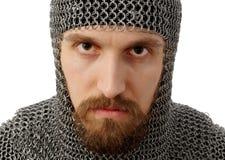 Retrato del guerrero medieval en hauberk Foto de archivo libre de regalías