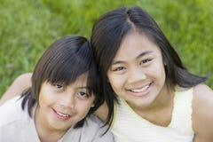 Retrato del hermano y de la hermana Fotografía de archivo