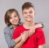 Retrato del hermano y de la hermana Imagenes de archivo