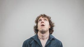 Retrato del hombre aburrido jóvenes fotos de archivo