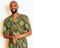 Retrato del hombre africano hermoso joven que lleva nati verde claro Imágenes de archivo libres de regalías