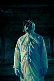 Retrato del hombre en respirador Imagen de archivo libre de regalías