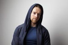 Retrato del hombre hermoso en chaqueta azul Fotografía de archivo libre de regalías
